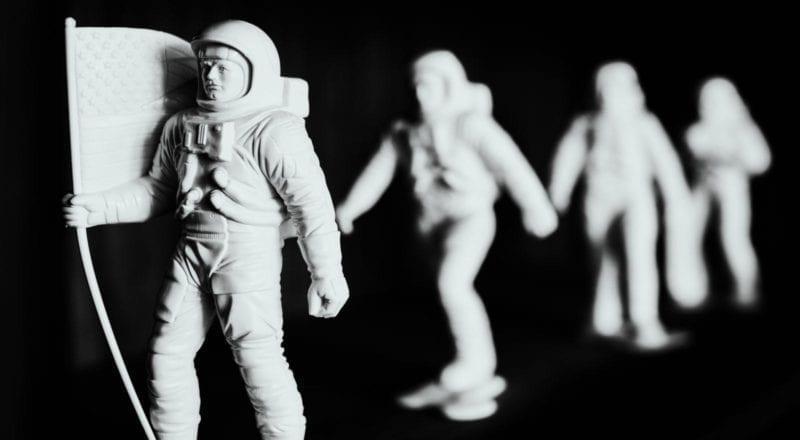 teambuildingøvelser kan forekomme i det ydre rum, men de bedste finder sted på planeten Jorden.