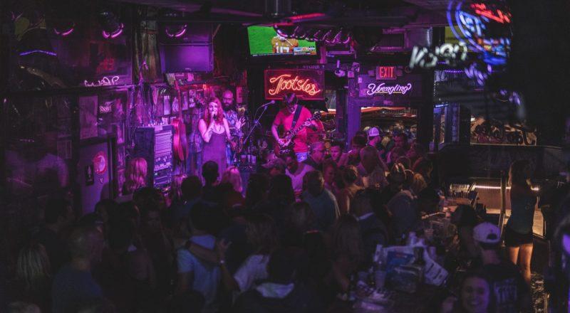 Ideer til pubevents inkluderer live musik